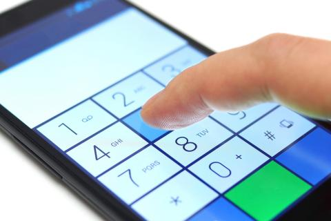 Dialing a number on a smartphone